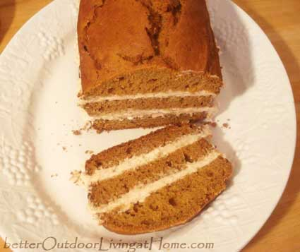 pumpkin-bread-recipe-sliced