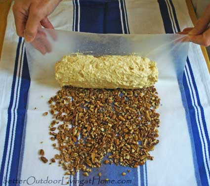 cheese-log-recipe-pecans